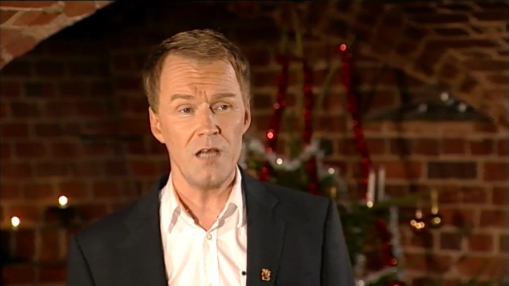 Reijo Ikonen kartanon joulutunnelmissa