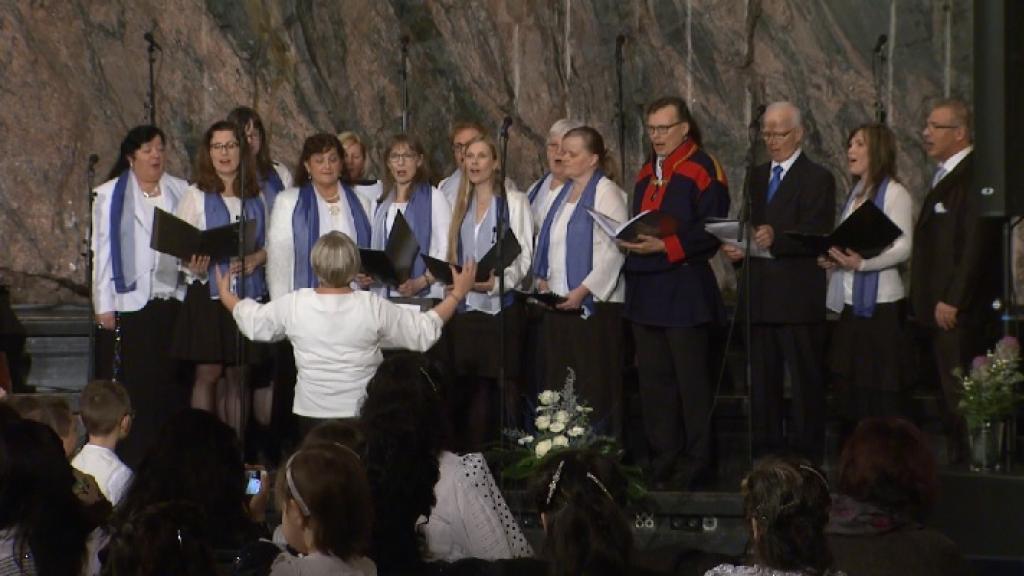 Amengo Them - Oi maamme Suomi
