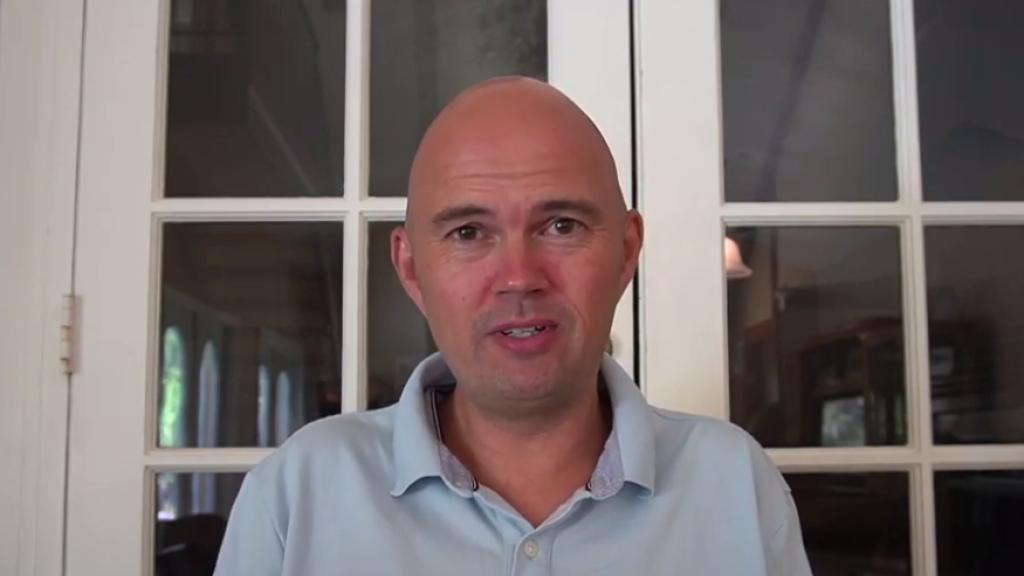 Torben Sondergaard turvapaikkaa hakemassa