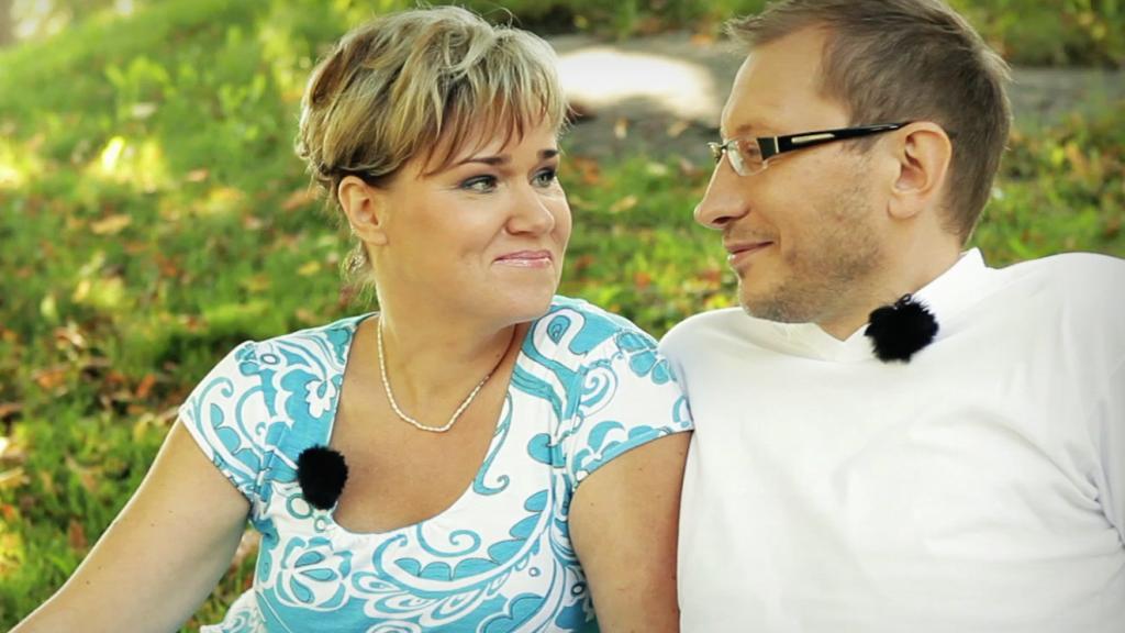 Varken Ritas eller Afas behov blev tillgodosedda i äktenskapet. Afa upplevde att han fick mer beröm och acceptans utanför familjen. Rita kämpade för att kunna förlåta honom och återförena familjen.